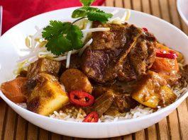 Kaeng Hang Le món ăn đặc trưng của miền Bắc Thái Lan