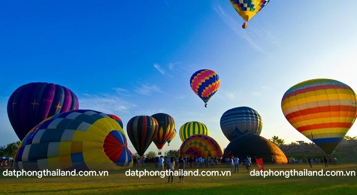 Ở Thái Lan, duy nhất Chiang có dịch vụ du lịch bằng khinh khí cầu