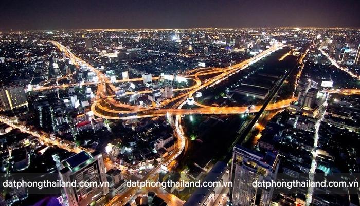 The Rooftop Bar – Baiyoke Sky Hotel quán bar cao nhất Bangkok.